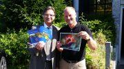 Dr. Thomas Degener (links) und Tulpenmarkt Organisator Olaf Heil (rechts) vom Rotary Club Hattingen, (Foto: RuhrkanalNEWS)