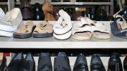 Schuhe in allen Größen (Foto: Werner Koltes)