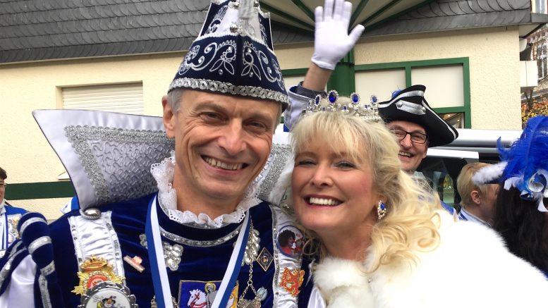 Das Hattinger Stadtprinzenpaar Prinz Rainer I. und Prinzessin Scarlett I. (Foto: RuhrkanalNEWS)
